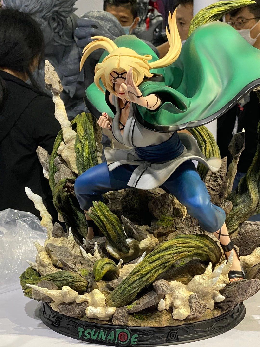 Iron Kite Studio 1/4 Scale Tsunade Statue